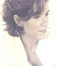 Julie Raye